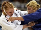 Edith Bosch (NED), Annett Boehm (GER) - Olympic Games Athens (2004, GRE) - © Reuters