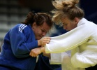 Daria Davydova (RUS), Daria Pogorzelec (POL) - World Championships Juniors Paris (2009, FRA) - © IJF Media Team, International Judo Federation