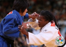 Yanet Bermoy Acosta (CUB), Kum Ae An (PRK) - Olympic Games London (2012, GBR) - © IJF Media Team, International Judo Federation