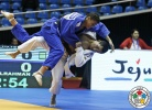 Felipe Kitadai (BRA), Ahmed Abelrahman (EGY) - Grand Prix Jeju (2015, KOR) - © IJF Media Team, International Judo Federation