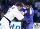 Dirk Van Tichelt (BEL), Sagi Muki (ISR) - Grand Slam Abu Dhabi (2015, UAE) - © IJF Media Team, International Judo Federation