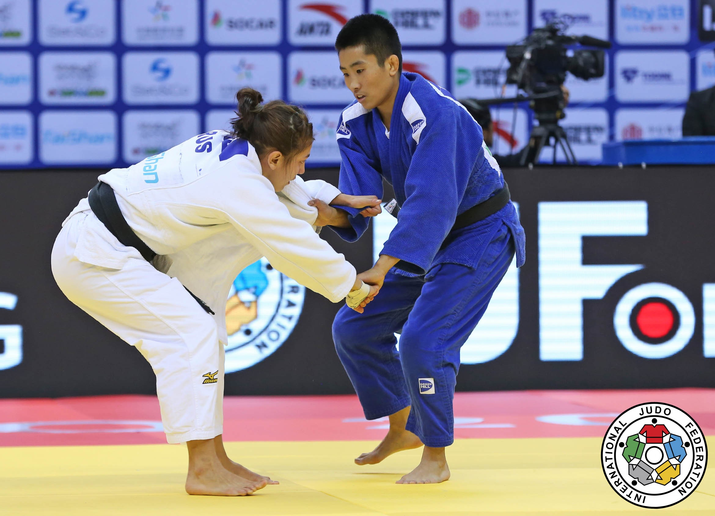 20161118_QingdaoGP_IJF_action_52 FINAL chen CHEN