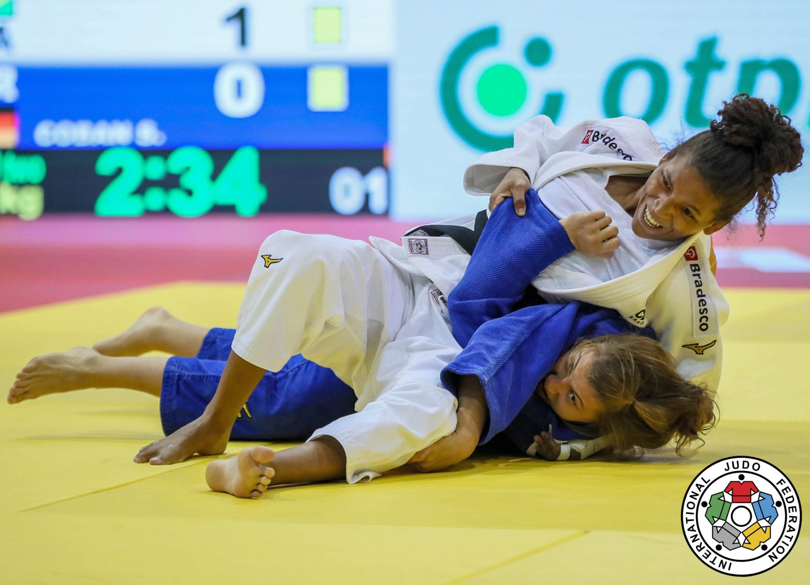 20181012_ijf_cancun_action_silva_rafaela_coban_sappho
