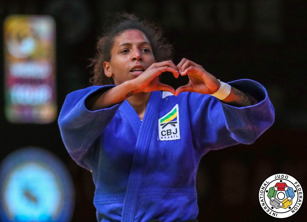 20190510_baku_gs_57_final_rafaela_silva_bra_heart