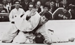 Anton Geesink (NED),  RESPECT (IJF) - Olympic Games Tokyo (1964, JPN) - © From internet, no source